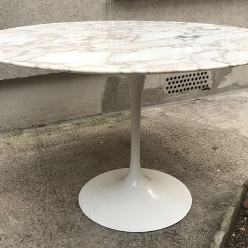 V Table tulipe saarinen Knoll marbre calacatta