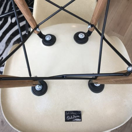 4 chaises DSW en fibre de verre 1980