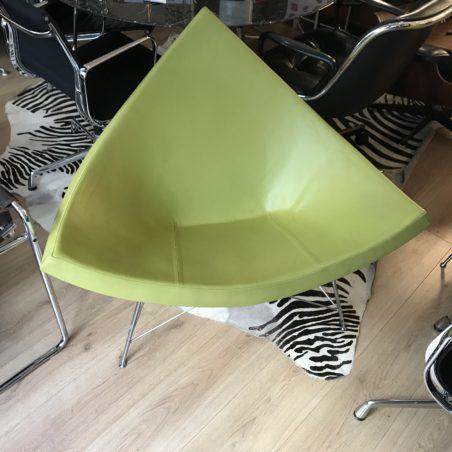 V Coconut Chair en cuir édition Vitra