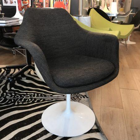 V 6 fauteuils Saarinen pivotants édition Knoll vintage (vente à l'unité)