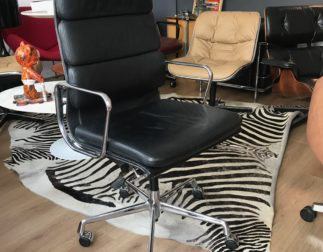 Fauteuil EA 219 cuir Noir Charles Eames pour Vitra