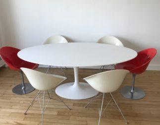 Table Ovale Saarinen édition Knoll Studio état quasi neuf