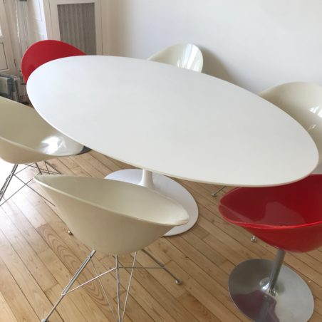 Z Table Ovale Saarinen édition Knoll Studio état quasi neuf
