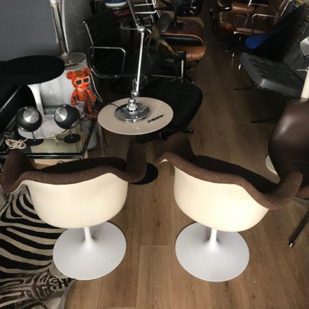Paire de fauteuils Eero Saarinen pour Knoll International
