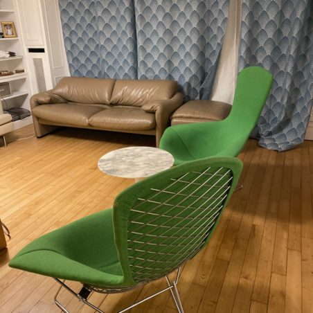 Superbe fauteuil Bertoia Bird édition Knoll Studio récente