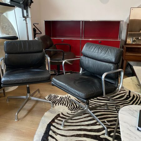 Fauteuil Charles et Ray Eames Ea 208 édition Herman Miller