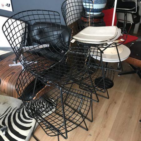 4 chaises Bertoia édition Knoll en excellent état