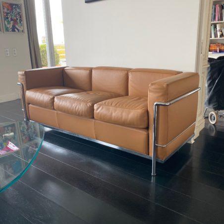Sublime Canapé design Le Corbusier Perriand Jeanneret, LC2  Cassina