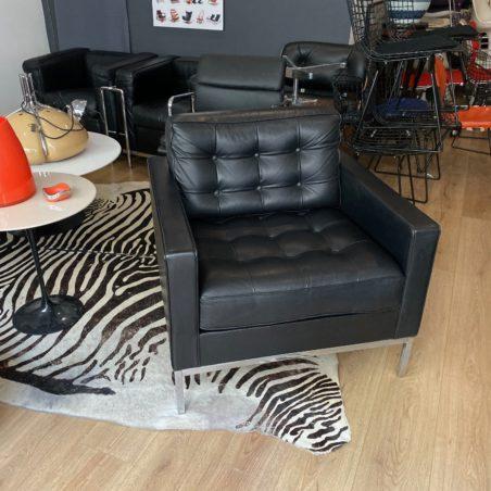 Authentique fauteuil Florence Knoll en cuir noir