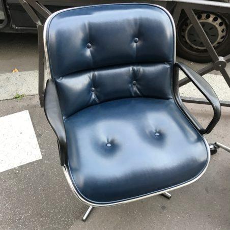 Pollock cuir bleu première édition Knoll 1965