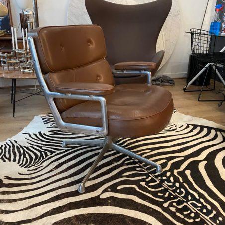 Fauteuil Lobby Chair par Charles Eames pour Herman Miller vintage