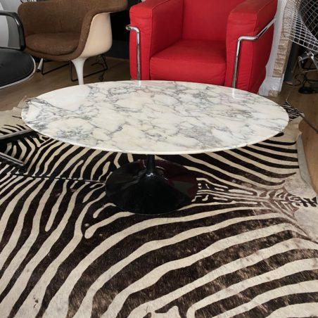 z Table basse Ovale Eero Saarinen édition Knoll