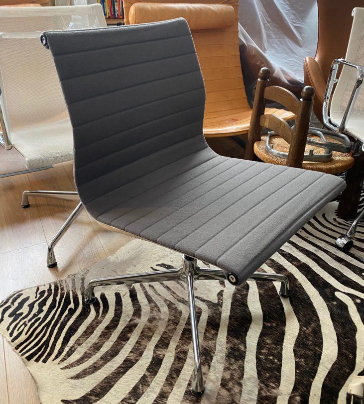 Fauteuil Pivotant Aluminium chair édition Vitra
